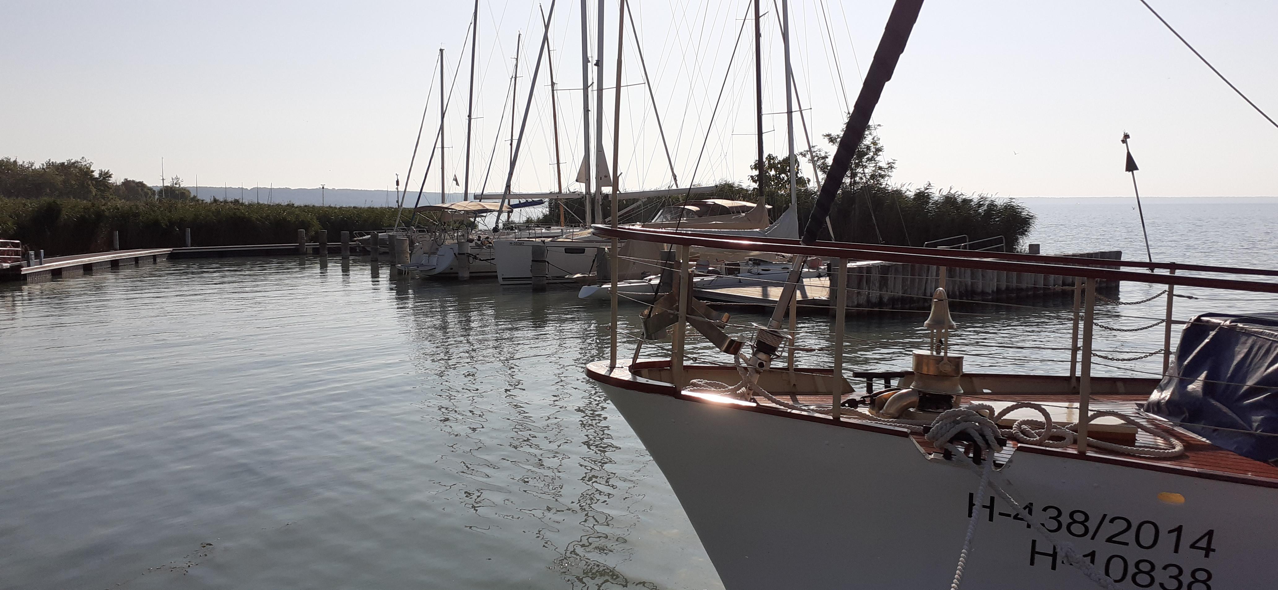 Balatonalmádi kikötő